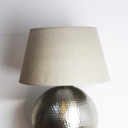 Lampada sfera in metallo