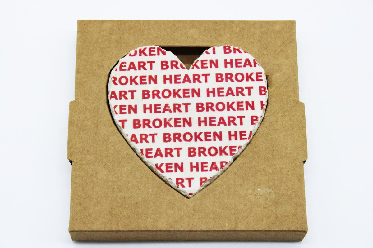 Cuore in pietra broken heart