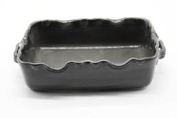 Teglia da forno grigio in ceramica con bordo smerlato