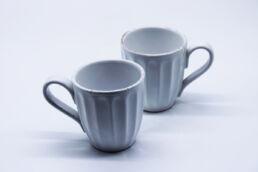 Coppia tazze colazione bianche anticate