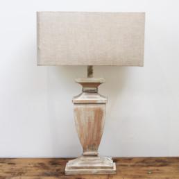 Lampada in legno decapato bianco Abira