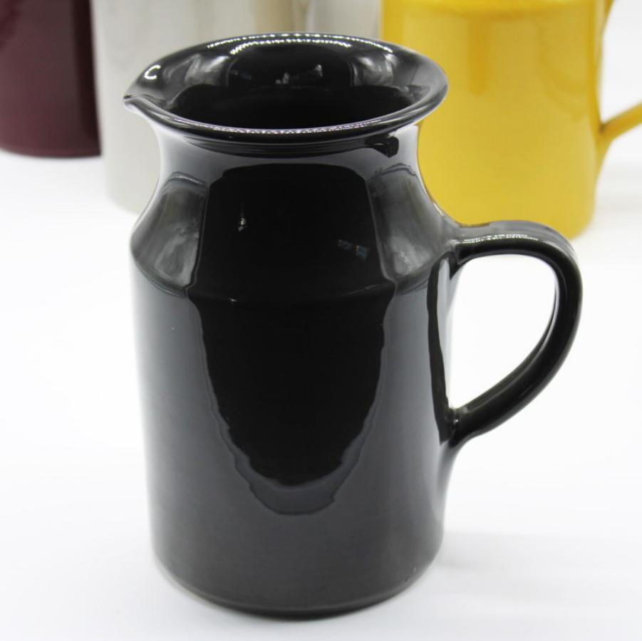 Brocca grigio scuro