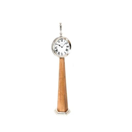 Orologio da terra in legno e acciaio.
