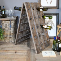 Portabottiglie in legno riciclato da pavimento